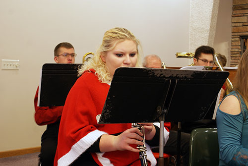 A clarinetist in the front row