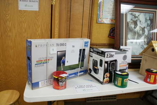 tv and air fryer are large raffle items at Good Shepherd fall fest
