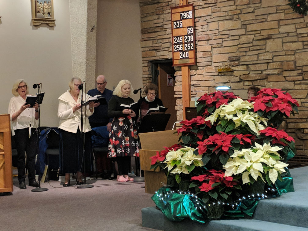 Choir at early Mass at Good Shepherd on Christmas Eve 2018
