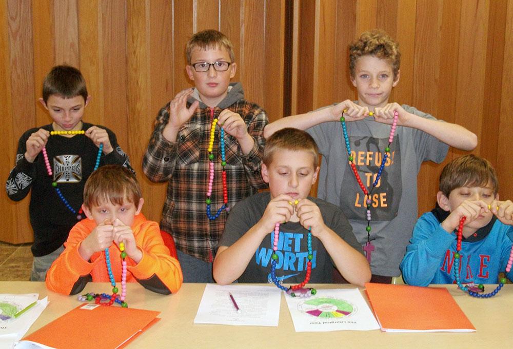 grade 5 making rosaries image